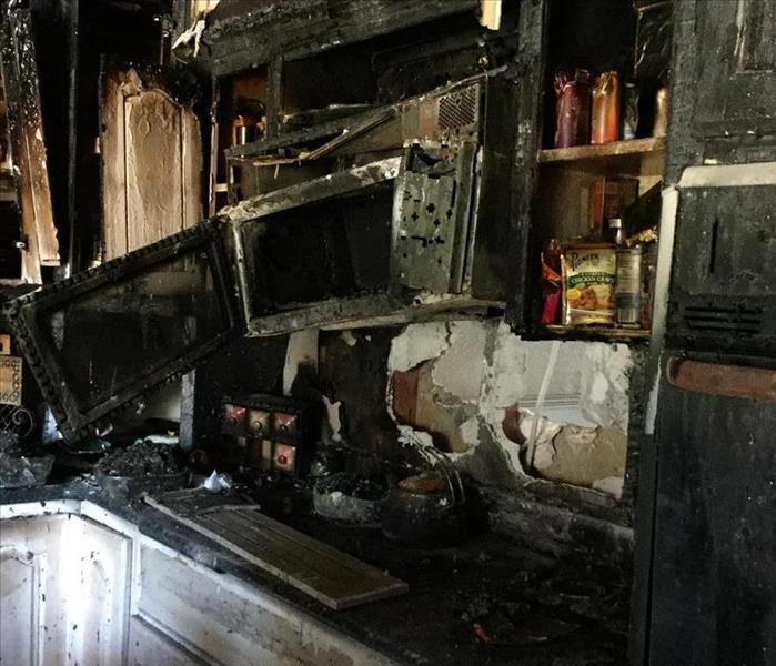 Kitchen fire in Dickinson, TX